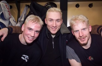 Ottawa-04/12/01-Ottawa Senators practice at the Corel Centre.The Blonde Ones ... left to right..Martin Havlat, Karel Rachunek and Daniel Alfredsson died their hair bolonde for the playoffs. Photo by JOHN MAJOR, THE OTTAWA CITIZEN (For SPRT story by Ken Warren) ASSIGNMENT NUMBER 38169 ************************************** Filter: Maximum (Lab D&S: BRad:9/ARad:0) USM: Normal (Amt:200/Radius:0.3/Thresh:2) File Size: 5.70MB Original file name: 294L5704.TIF