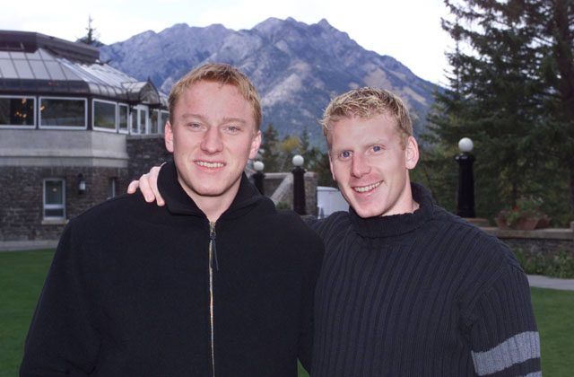 DIGITAL #18454--5/10/98--Ottawa Senators Marian Hossa (left) and Daniel Alfredsson at the Banff Springs Hotel to start their 4 day retreat.Here they are on the terrace at the hotel with the rocky mountains in the background. John Major, The Ottawa Citizen
